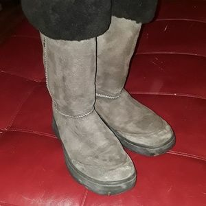 UGG braided back sheepskin boots