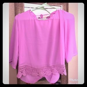 Tops - Fuschia top 🌸