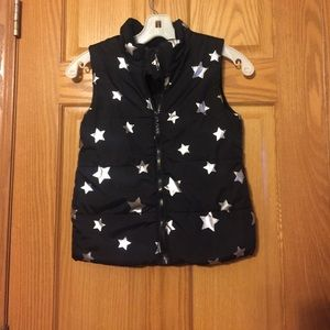 Girls Old Navy Puffer Vest Black with Stars 7/8