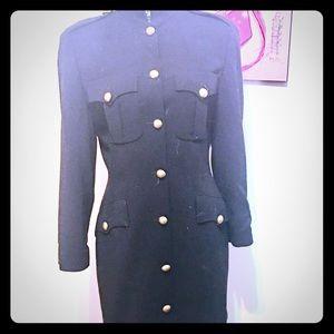 DKNY button down dress 6 missing button Secretary