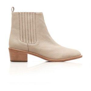Loefflee Randall Fitz Chelsea Boot in size 7.5