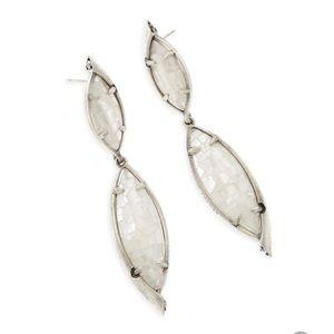 Kendra Scott Maisey Earrings In Ivory Pearl Silver
