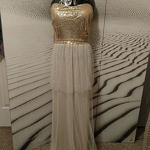 FASHION GOLD SEQUENCE LONG EVENING DRESS