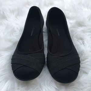 Black flats size 8