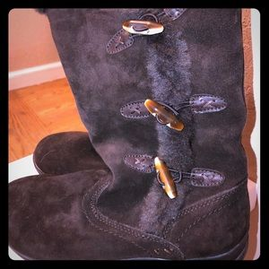 New Dark Brown Boots - super soft lining