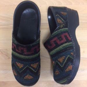 Women's Dankso Indian Blanket Southwest Shoe