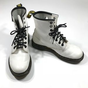 Air Wair Doc Martens White Leather boots