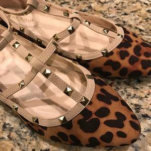 NWOT Bamboo leopard cheetah strap studded flats