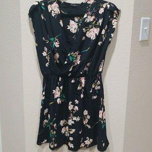 Lulus Honey Punch Black Floral Shift Dress Cuff