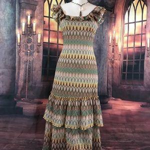 Beautiful maxi 6P Sundance dress. Great condition