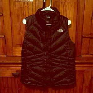 Black Womens North Face Vest (m)