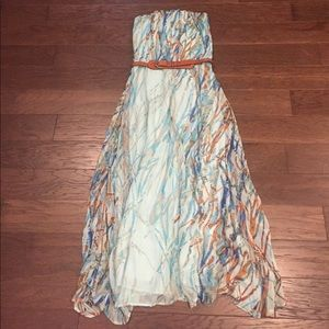 Strapless Maxi Dress. (Multi color print)