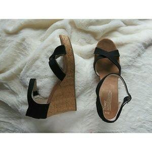 NWT Toms Strappy Wedge Heel Cork Sandals 12