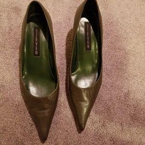 Steve Madden leather kitten heels.  Green 7.5