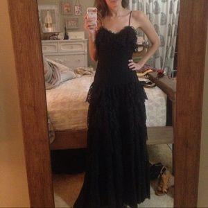 Black lace vintage maxi dress tiered sz 0
