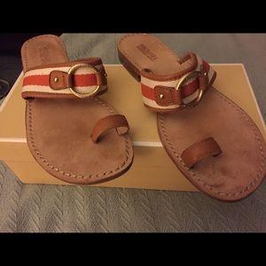Michael Kors Seaport Size 10 Flat Sandals