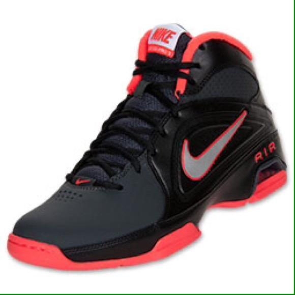 f5dedb2f2c684b Nike Men s Air Visi Pro VI Basketball Shoes. air vision pro 3 nike showroom