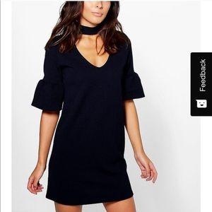 Boohoo- NWT Navy choker plum sleeve dress
