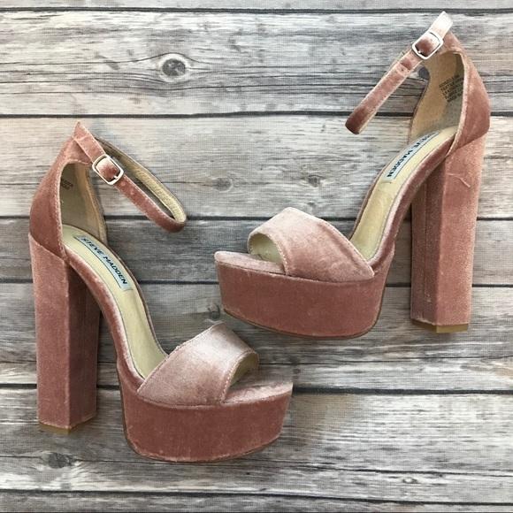 403b83182f9 New Steve Madden Gonzo Pink Velvet Heels