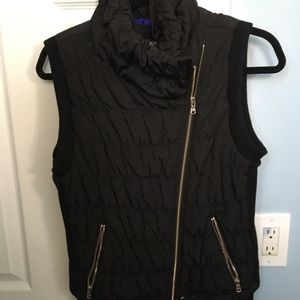 Calvin Klein performance black gold zippered vest