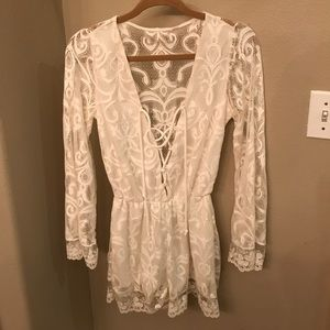 Gorgeous lace up romper in white lace