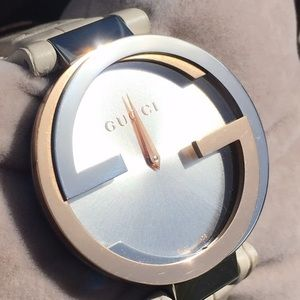 🆕Authentic Gucci 18k gold stunner!⌚️