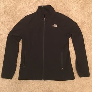 Authentic North Face windbreaker. Size large. New