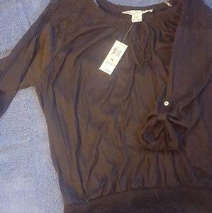 Black plus size soft cottony top