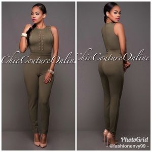 😍🍁😍 Ready for fall NWT Olive Green Jumpsuit