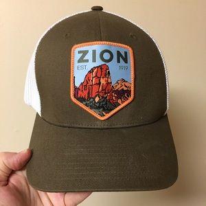 Columbia Zion Flexfit Unisex Ball Cap Hat