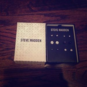Steve Madden Stud Earrings 6 set