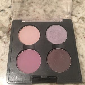 "MAC ""In The Gallery"" LE eye shadow quad"