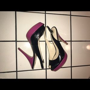 Enzo Angiolini black & pink slingback peep toes.