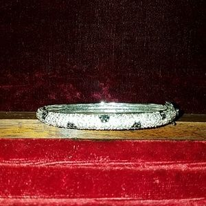 Bling bracelet with safety clasp