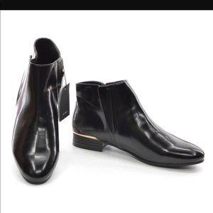 🚨FINAL PRICE🚨 Zara Black Patent Leather Booties