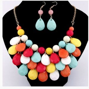 multi color and gold earring and neaklace
