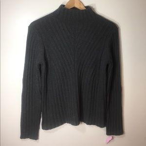 NWT Caslon chunky knit sweater. Size large