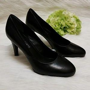 Franco Sarato Black Heels Size 8M