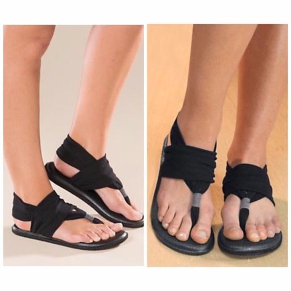 9cc1f3dbd12 SUPER COMFY Sanuk Yoga Sling Black Flip Flop