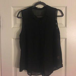 Black sleeveless button down black blouse