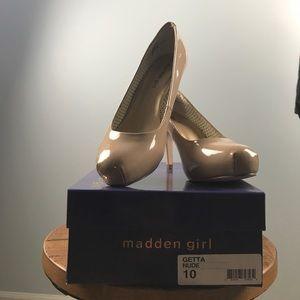 Madden Girl Pumps
