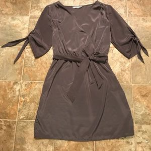 Old Navy Elbow Length Sleeved Dress
