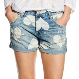 One teaspoon chargers cupid heart denim shorts 26
