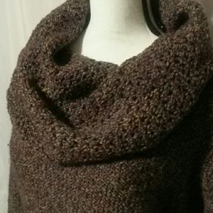 Chunky cowl neck sweater small