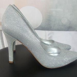Close toe heel