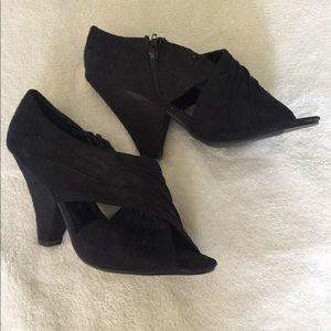 [Chinese Laundry] peep toe shoes