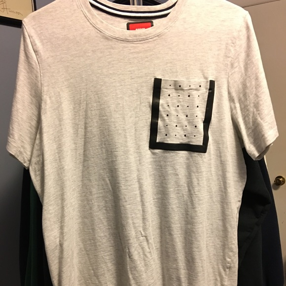 t shirt nike tech fleece