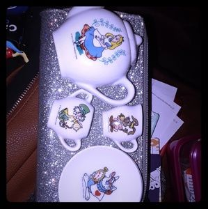 Vintage Alice in Wonderland Tea Set