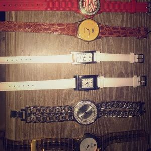Watches (Complete set)