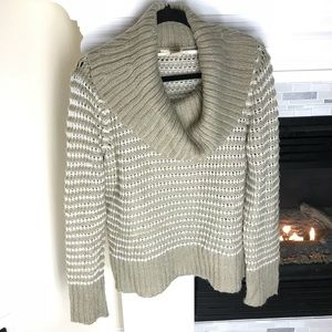 Dkny Sweater cowl neck